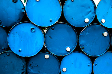 US crude production declines from 2015 highs